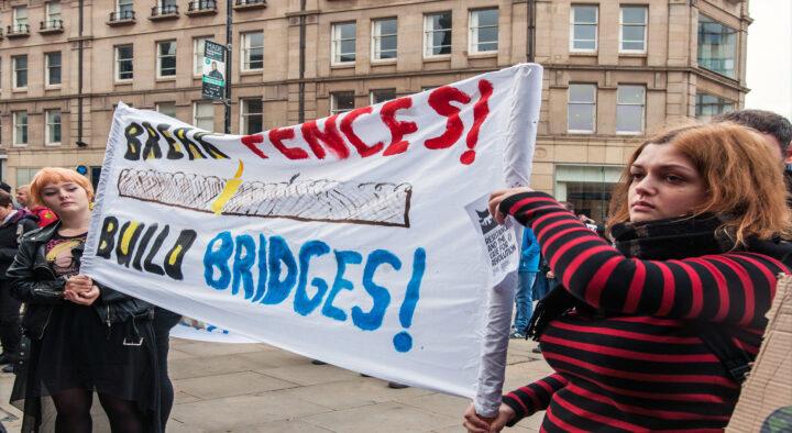 """Break fences, build bridges"" Sheffield welcomes refugees"