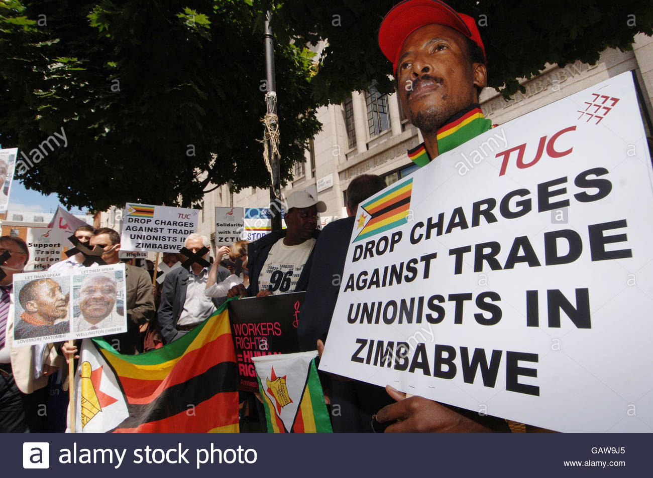 Zimbabwe still not safe – Sheffield Protest Against Deportations July 25